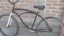 se dio cuenta que estuvo mal: un nene de 12 anos devolvio la bici que habia robado
