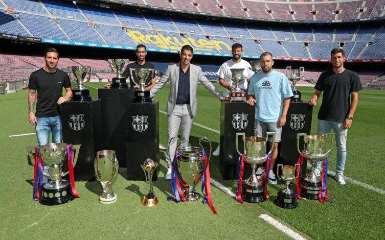 Suárez se despidió del Barsa con un mensaje bancando a Messi