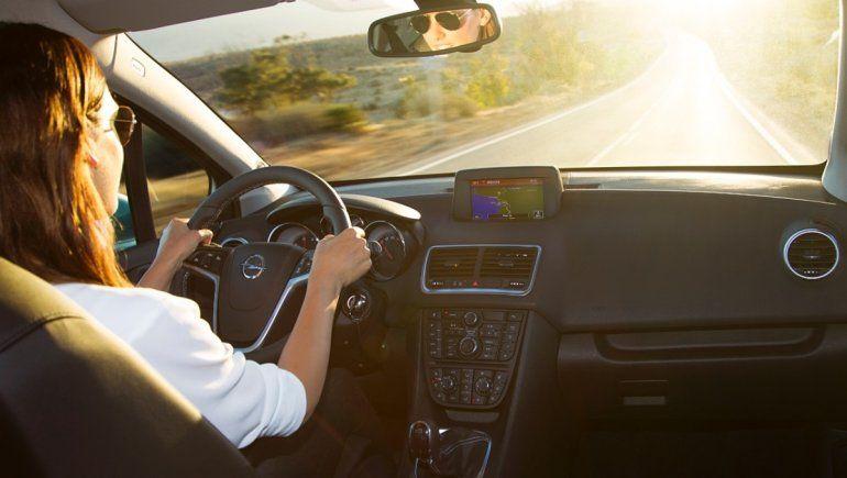 ¿Qué significa soñar con conducir un auto?
