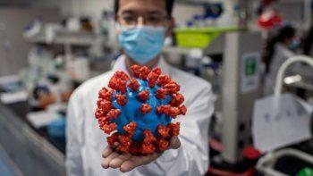 la cepa britanica tiene hasta 1.000 veces mas carga viral