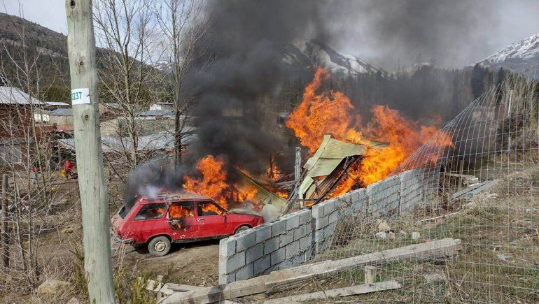 Familiares de nena abusada quemaron la casa del sospechoso