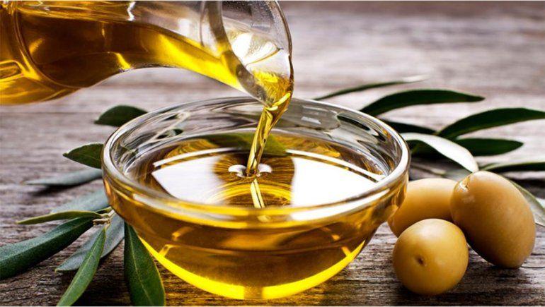 La ANMAT prohibió  dos aceites de oliva y una leche de coco