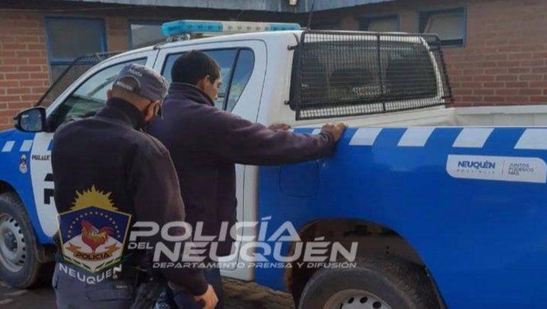 Un joven con un pedido de captura por un robo agravado fue demorado por la Policía.