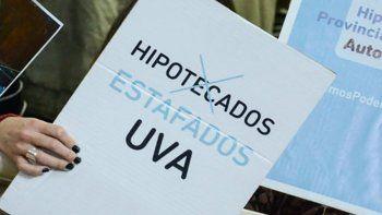 Hipotecados UVA: buscan que las cuotas no superen el 35%