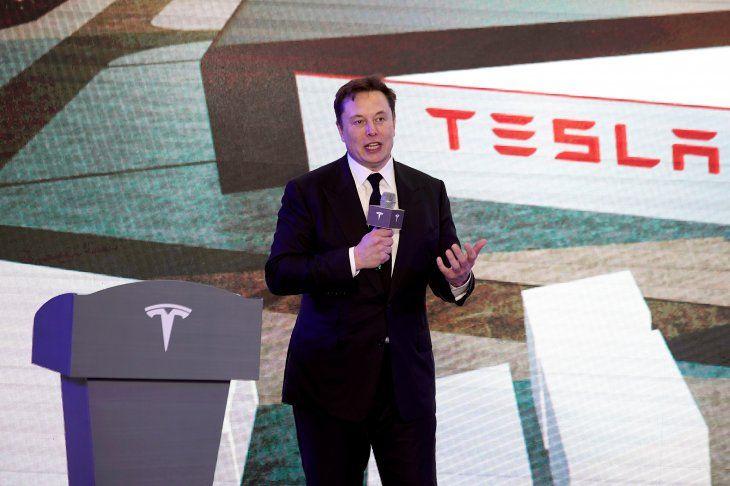 Una fábrica de Shanghái exhibe los recien manufacturados vehículos Model 3 de Tesla. Enero 7