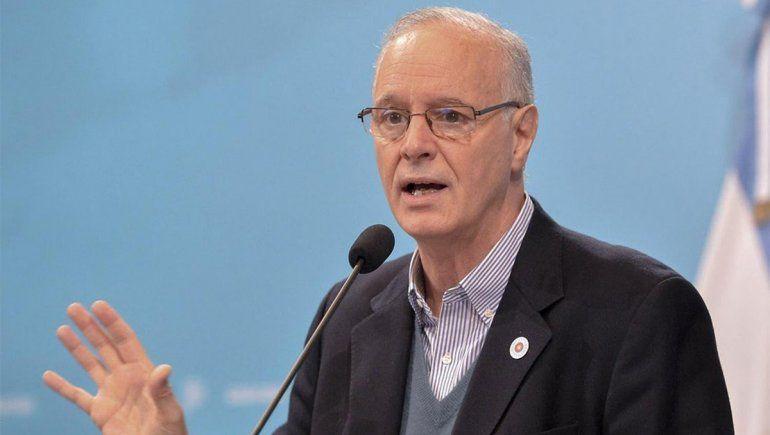Gollan cuestionó que las provincias compren vacunas
