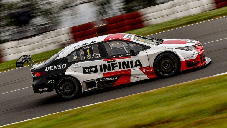 Matías Rossi ganó la tercera fecha del Súper TC2000 en Alta Gracia.