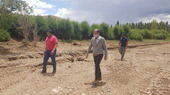 provincia comenzo a asistir a familias afectadas en barrancas