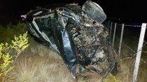 el automovilismo de luto: un mecanico murio tras un terrible vuelco