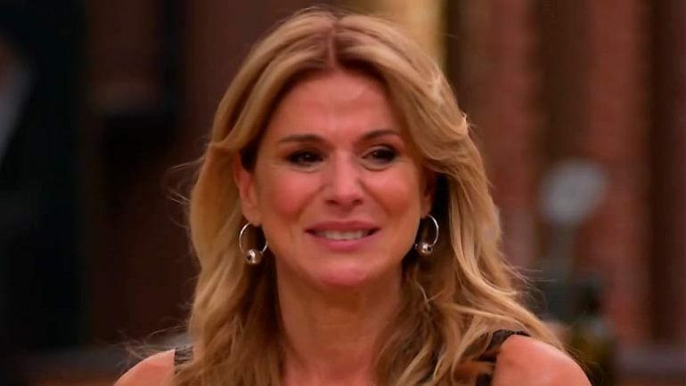 Flavia Palmiero fue eliminada de MasterChef Celebrity y se despidió llorando