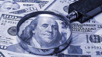 Así cotiza el dólar oficial y el blue este 19 de junio