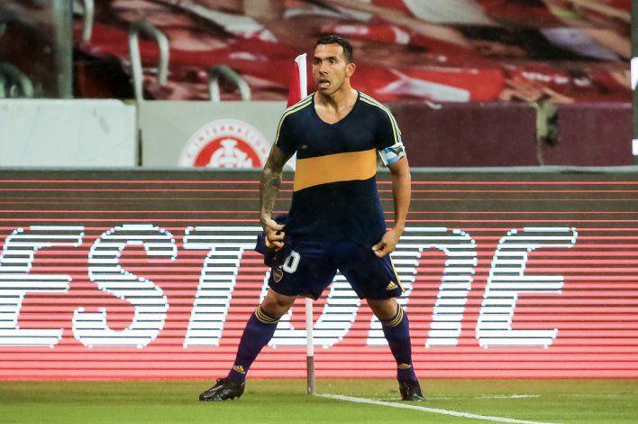 Boca le ganó a Inter con gol de un Tevez que homenajeó a Diego