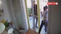una fanatica de benjamin rojas agredio el local de su esposa