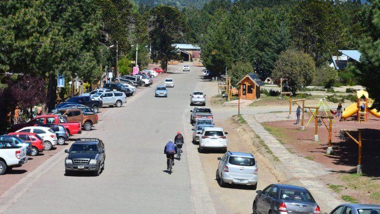 El foco de Villa Pehuenia no pone en riesgo la temporada de verano