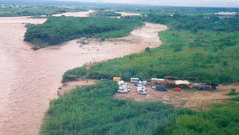 Otro gomón se hundió en el río Bermejo y hay al menos un muerto