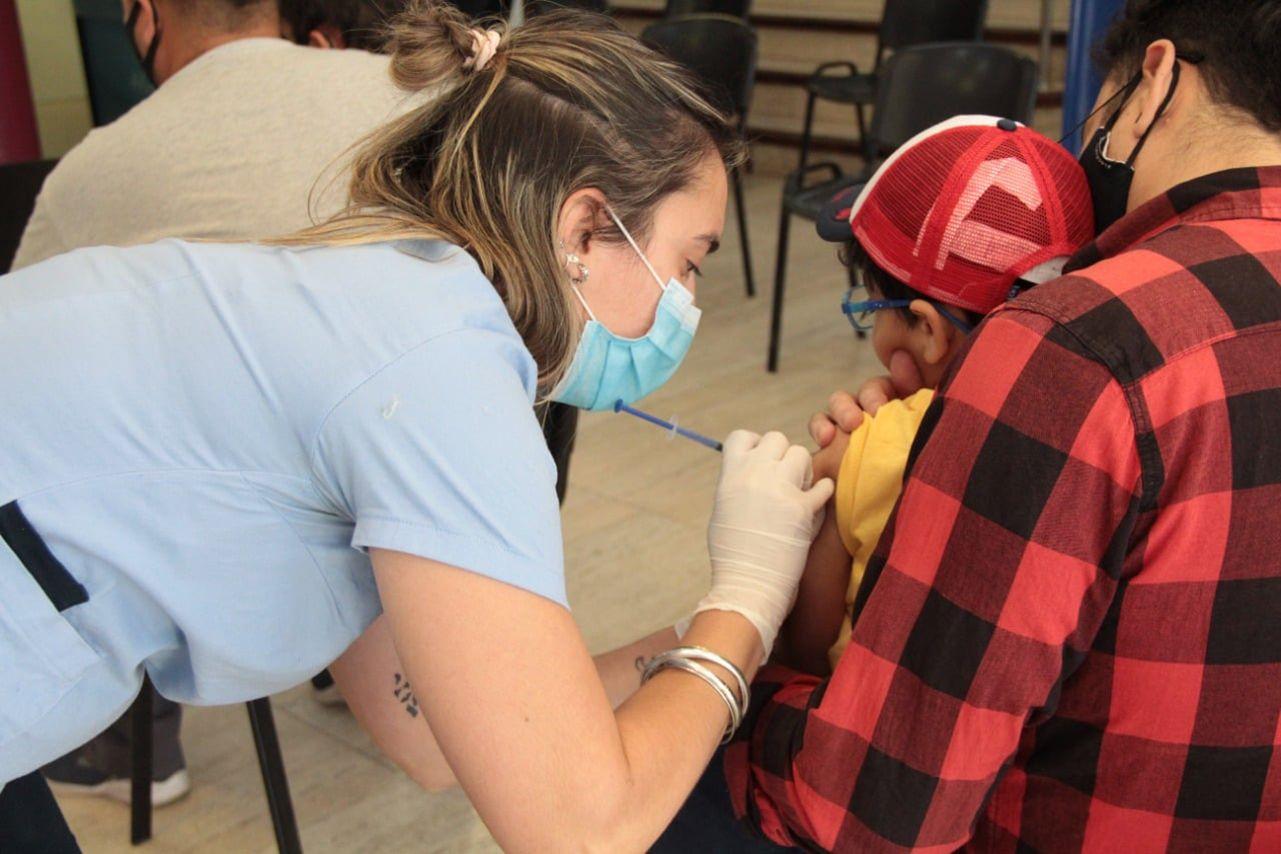 la vacunacion de los ninos en neuquen supera a la media nacional