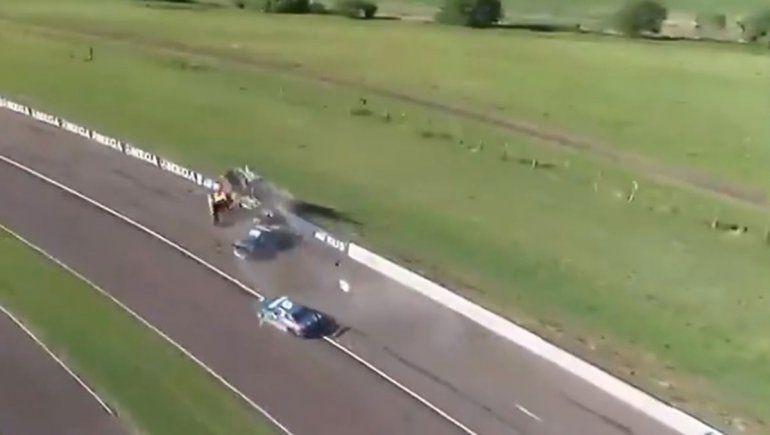 El Dipy protagonizó un fuerte accidente en la final del Top Race Junior en Paraná