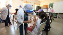 arranco la vacunacion en las escuelas y anunciaron la llegada de nuevas dosis