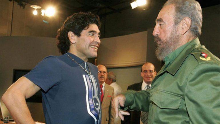 En el tesoro personal de Diego hay una carta de Fidel castro, al que Maradona admiraba mucho.