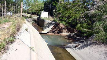 Rompieron un canal de riego y tres mil hectáreas se quedaron sin agua