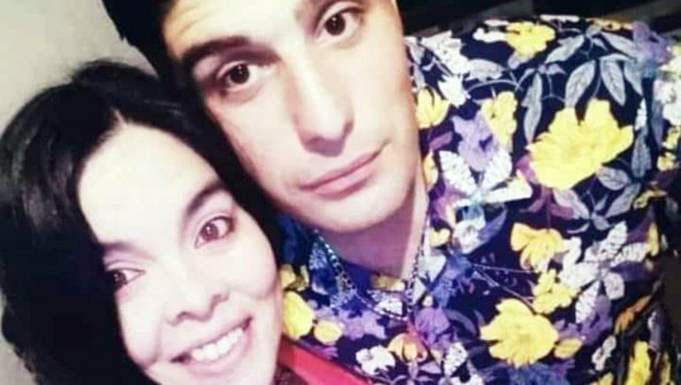 Una mujer policía y su sobrina fueron baleadas; buscan al autor