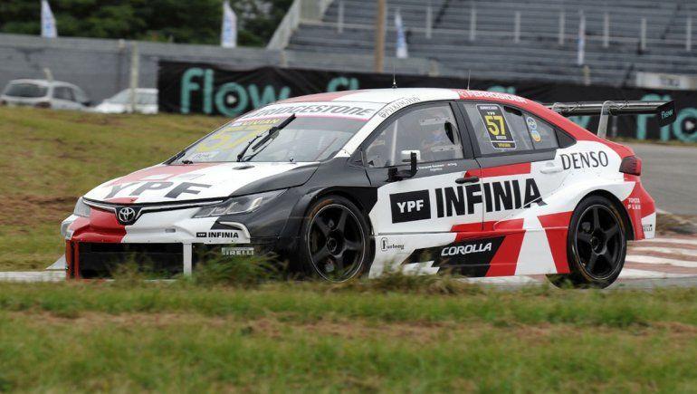 Franco Vivian se llevó la carrera clasificatoria del Súper TC2000 en Alta Gracia.