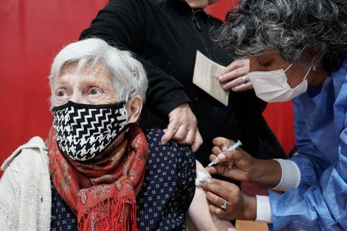 Sputnik : llegan dosis para vacunar a mayores de 70 años