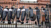 diputado neuquino reivindico las bolsas mortuorias: estuvo bien y lo volveria a hacer