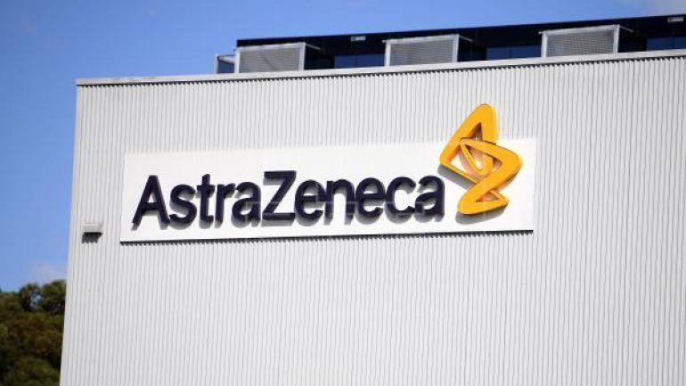 Unión Europea busca vacunas de AstraZeneca en Estados Unidos