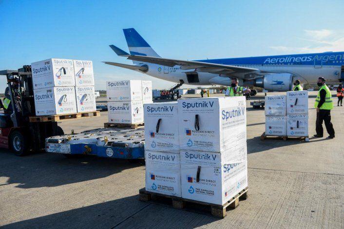 COVID: el Gobierno distribuye más de 1 millón vacunas