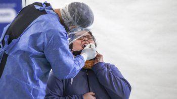 Los nuevos síntomas que sumó Salud para detectar casos de COVID