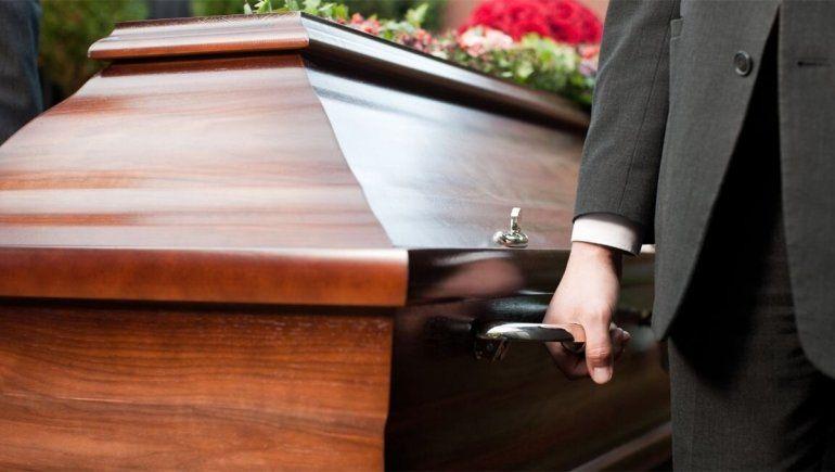 Dolor sin fin: perdieron a sus hermanos en un accidente y les entregaron cuerpos equivocados
