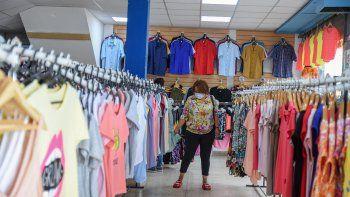 Las ventas en comercios no levantan pese al fin de las restricciones