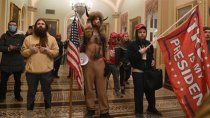 partidarios de trump ingresaron al congreso en medio de un dia clave