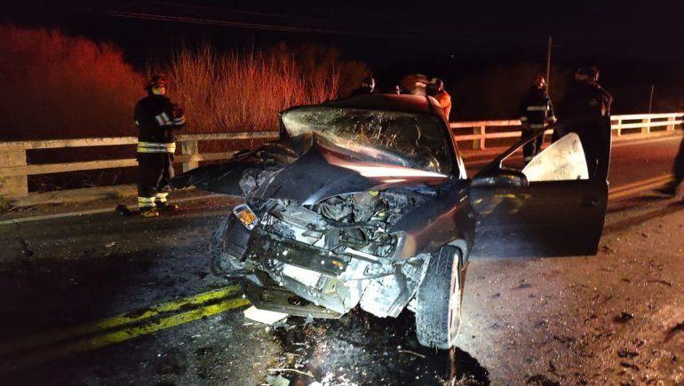 Ruta 40: se durmió al volante y chocó contra un puente