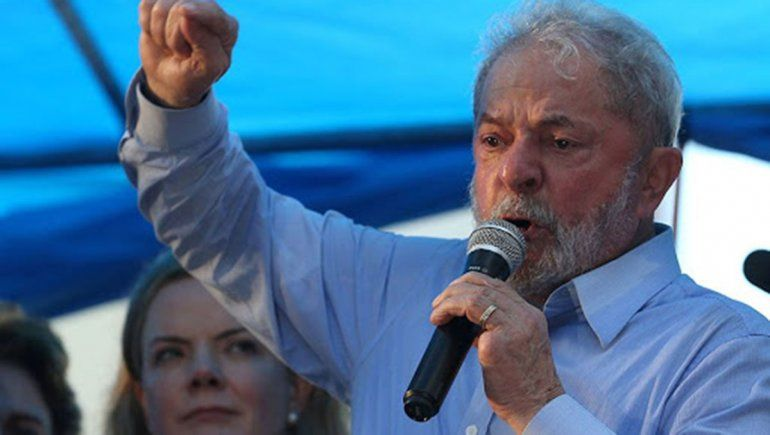 Brasil: Lula califica de genocida al gobierno