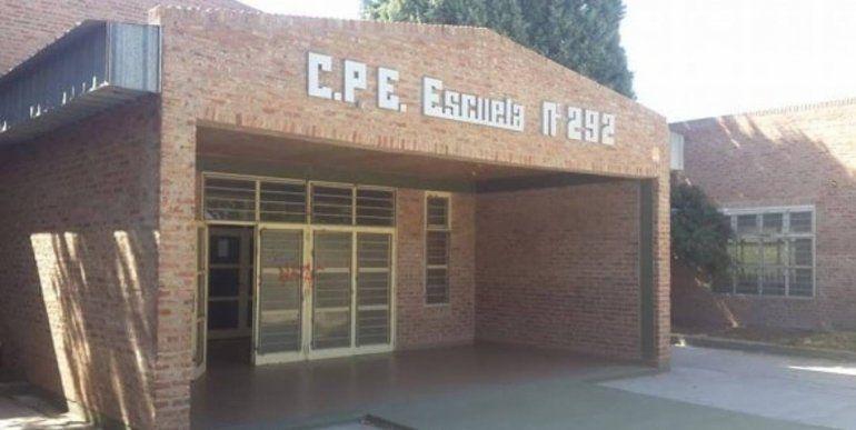 Cutral Co: se hizo pasar por padre y le robó a dos docentes