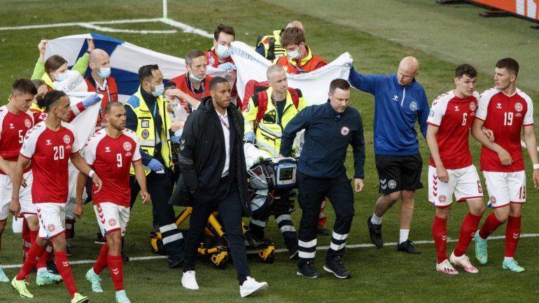 ¿Tras del infarto en pleno partido, Eriksen podrá volver a jugar al fútbol?