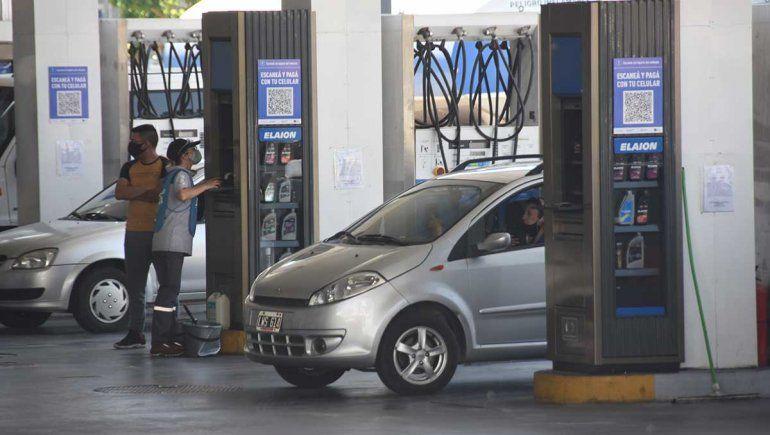 Con el aumento, la nafta premium roza los $60 en Neuquén
