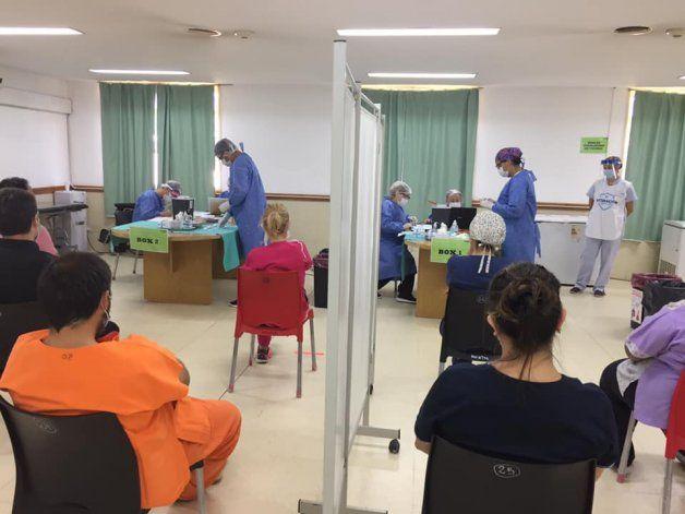 El lunes comenzó con 123 casos de coronavirus en Neuquén