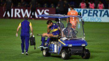 El delantero de Boca Toto Salvio sufrió una lesión en su rodilla