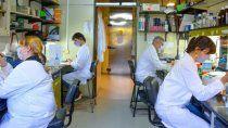 una vacuna argentina fue capaz de neutralizar las variantes alfa, gamma y delta