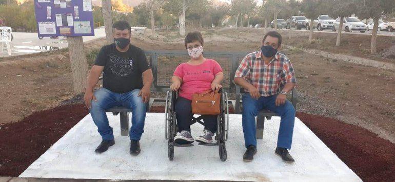 Vive para hacerles más fácil la vida a personas con discapacidad