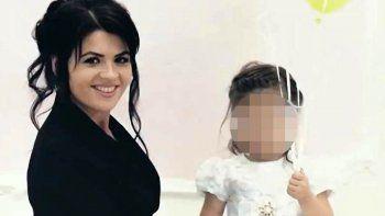 asesino a su mujer embarazada y a su hijastra de 5 anos