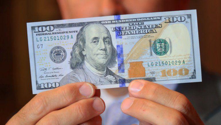 Se espera que para fin de año el dólar oficial superé los $112 y el ahorro los $185.