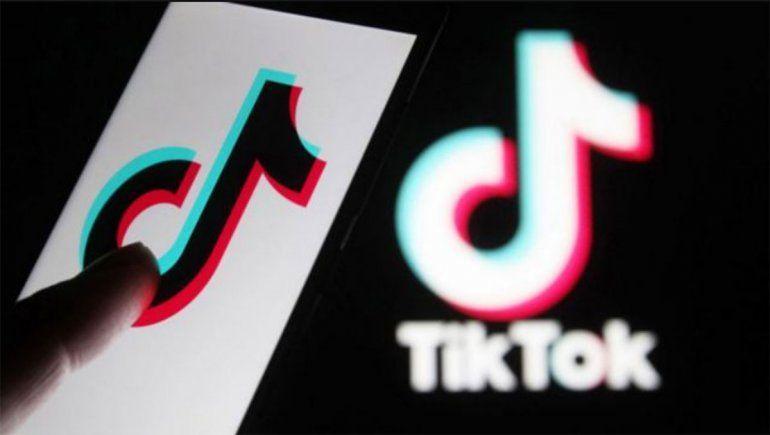 El vacío legal de TikTok que deja a los usuarios publicar vídeos pornográficos y violentos