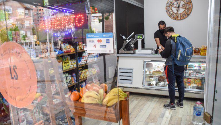 Por el Día del Empleado de Comercio, la mayoría de los locales estuvieron cerrados. Los almacenes abiertos no registraron grandes ventas.