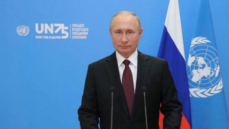 Putin defiende su vacuna y la ofrece gratis a la ONU