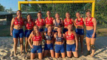 el equipo femenino noruego de handball de playa fue multado por no jugar en bikini