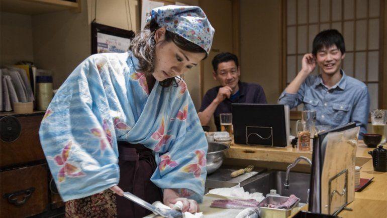 Cocina y machismo: el mito de por qué las mujeres no pueden hacer sushi